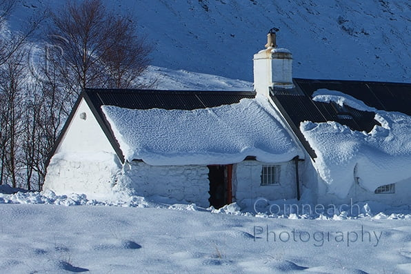 image of black rock cottage in winter (Glencoe)